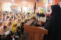 سیل مهربانی همکلاسیها در مدارس ایلام برگزار شد