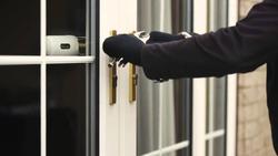 ۹ راهکار طلایی که خانه شما را ضد سرقت میکند