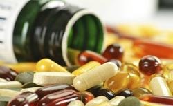 عوارض سوء مصرف مكملها/ بلاهايى که استفاده زياد ویتامینها سرتان میآورد+ حد مجاز مصرف