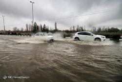 بارش شدید باران و آب گرفتگی معابر در ابهر
