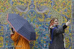 مسافران نوروزی در کاخ گلستان