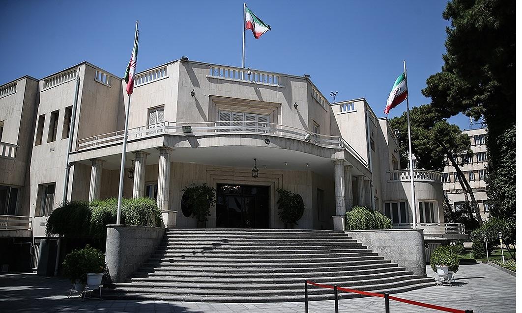 ازتجدید میثاق رئیس جمهور و اعضای هیات دولت با آرمانهای امام خمینی(ره) تا نداشتن سخنگو در دولت