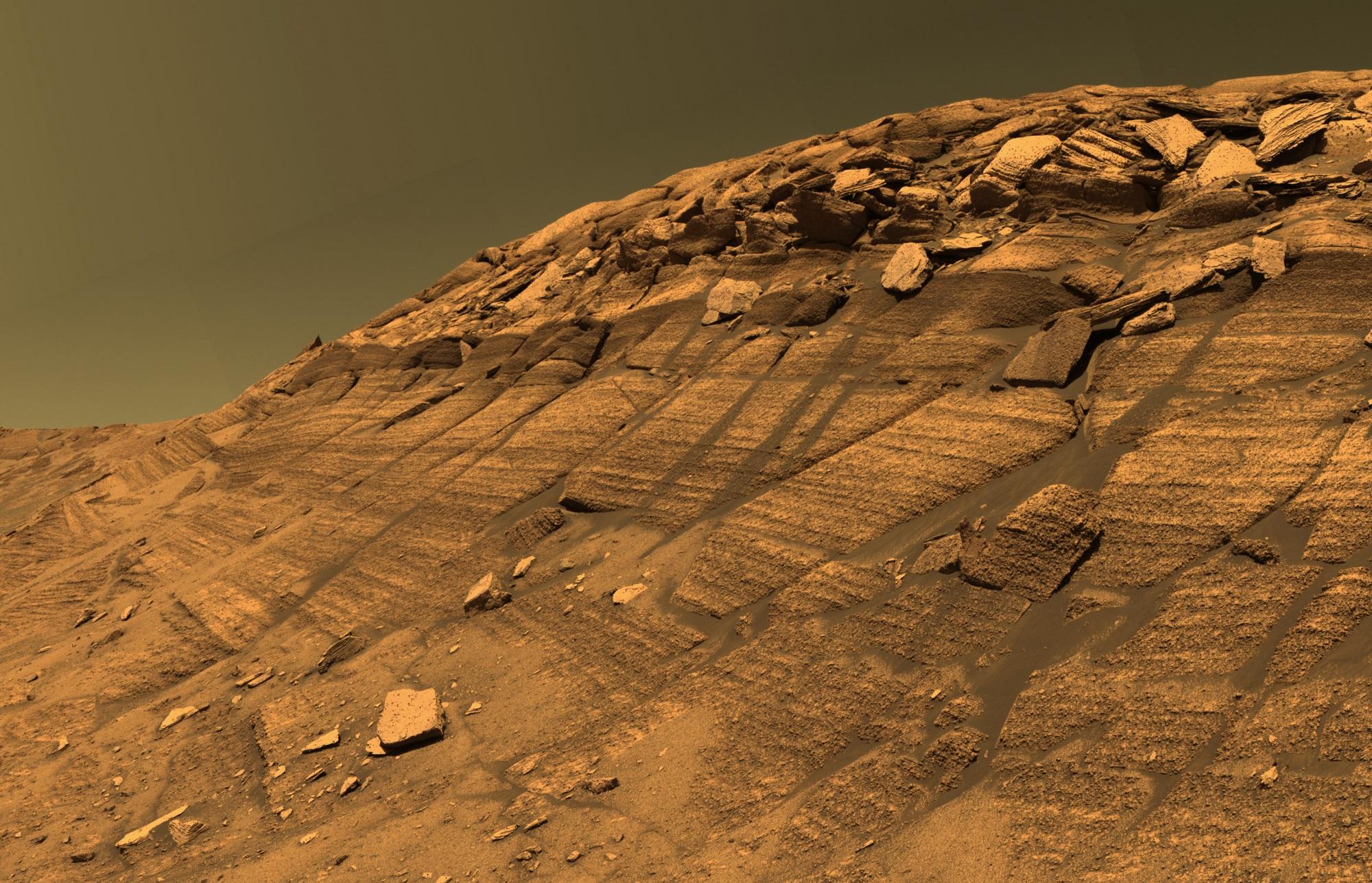 احتمال وجود آب های زیرزمینی در مریخ/