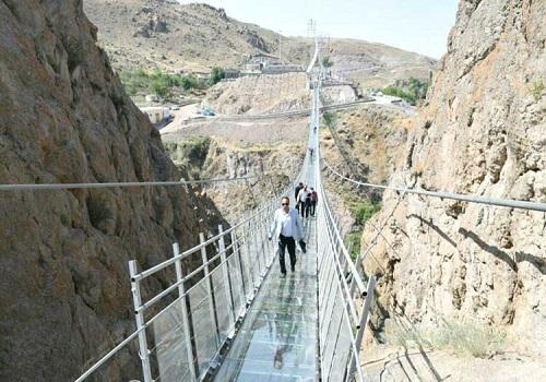 نخستین پل معلق شیشهای ایران سازهای زیبا و رویایی در دل طبیعت اردبیل؛ پروژهای که در کمتر از ۲ سال به بهرهبرداری رسید