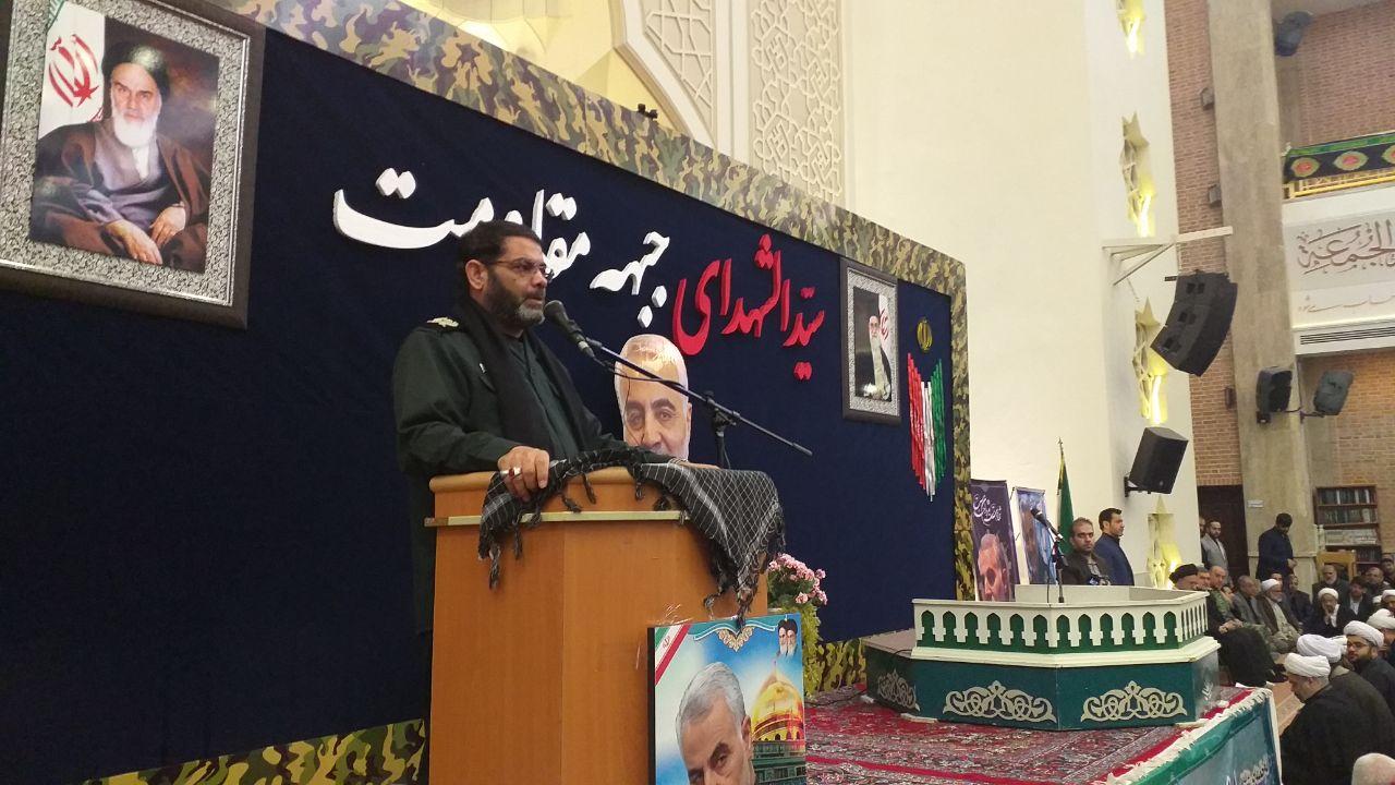 حاج قاسم سلیمانی تندیس اخلاق، ادب و عرفان بود/ جهان اسلام انتقام این جنایت رژیم تروریستی آمریکا را خواهد گرفت