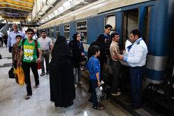 تخصیص 104 قطار رایگان حومه ای برای جابه جایی عزاداران