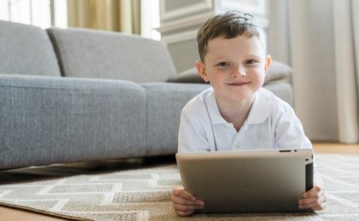 استفاده از فضای مجازی در کودکان