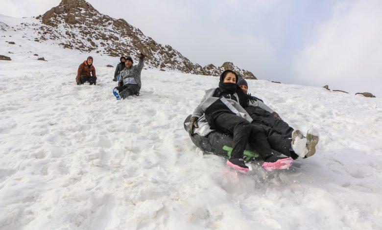 زنگ تفریح خانوادگی با ورزش مهیج اسکی