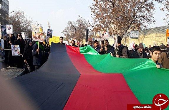 باشگاه خبرنگاران - تصاویر: حضور گسترده مهاجرین افغانستانی در مراسم تشییع پیکر مطهر «سردار سلیمانی»