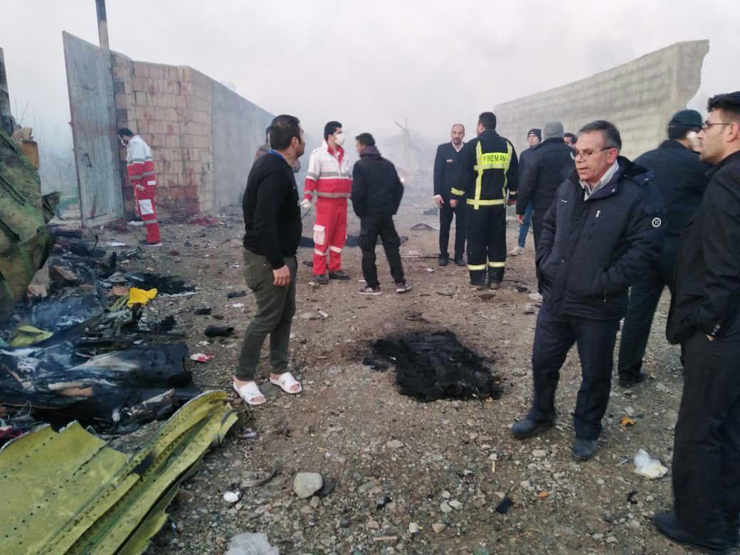 سقوط یک هواهیپایی مسافربری در شهریار  تصاویر