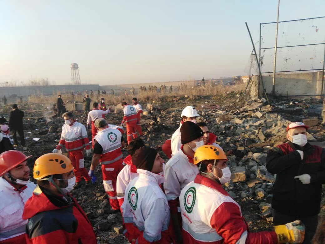 سقوط هواپیمای مسافربری در شهریار+ تصاویر
