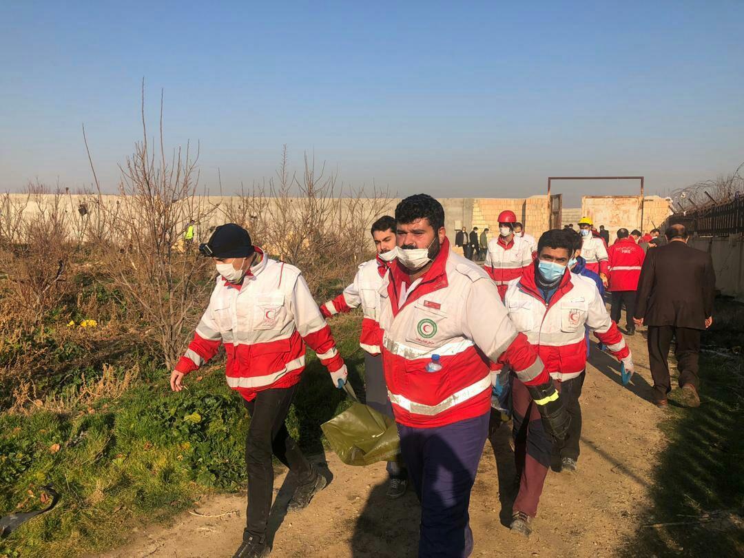 سقوط هواپیمای مسافربری در شهریار  تصاویر