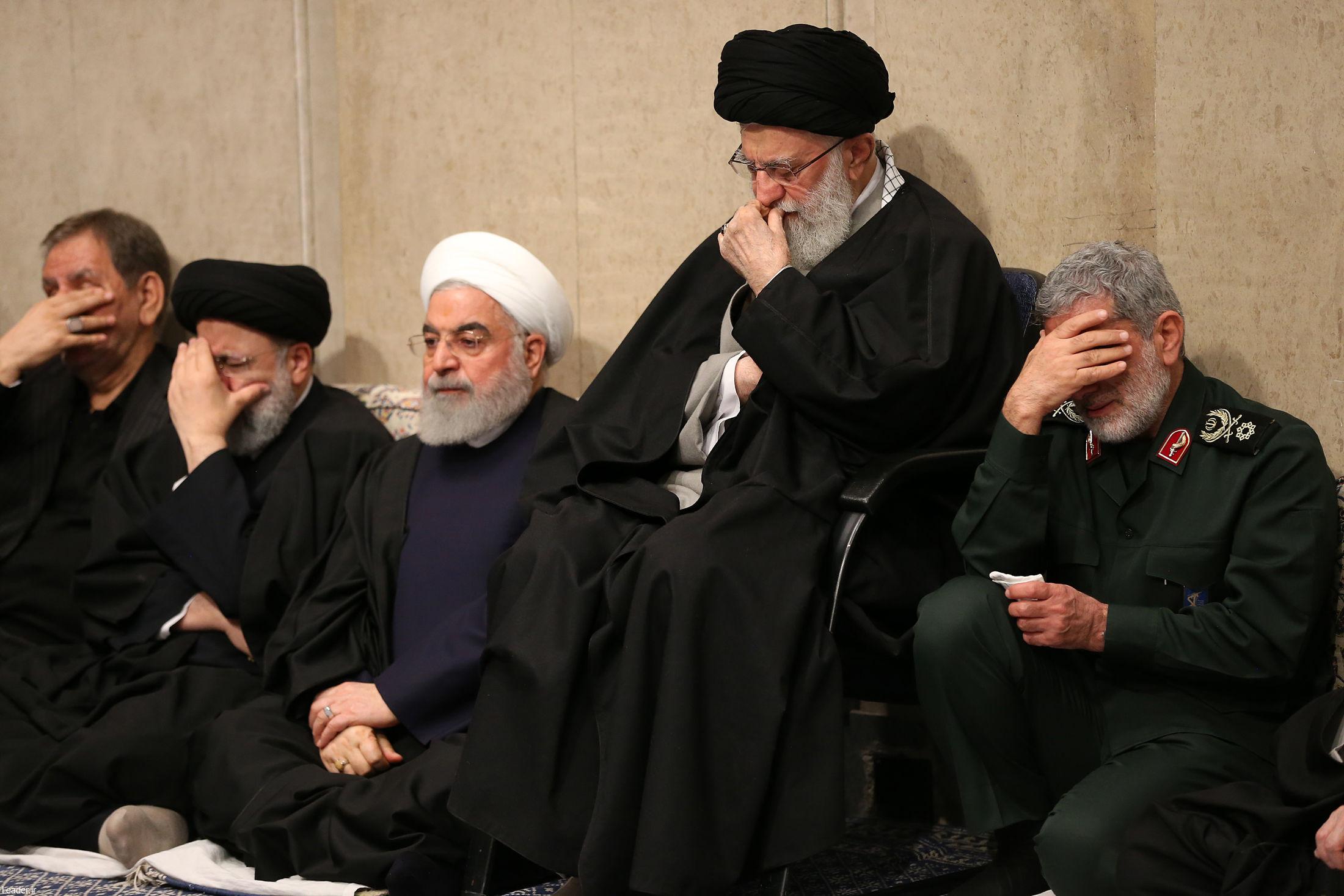 برگزاری مراسم بزرگداشت سردار سلیمانی و یارانش با حضور رهبر انقلاب