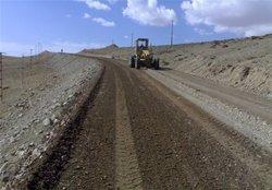 ساخت ۴۴ کیلومتر راه روستایی در قالب طرح «ابرار» در استان زنجان در حال اجرا است.