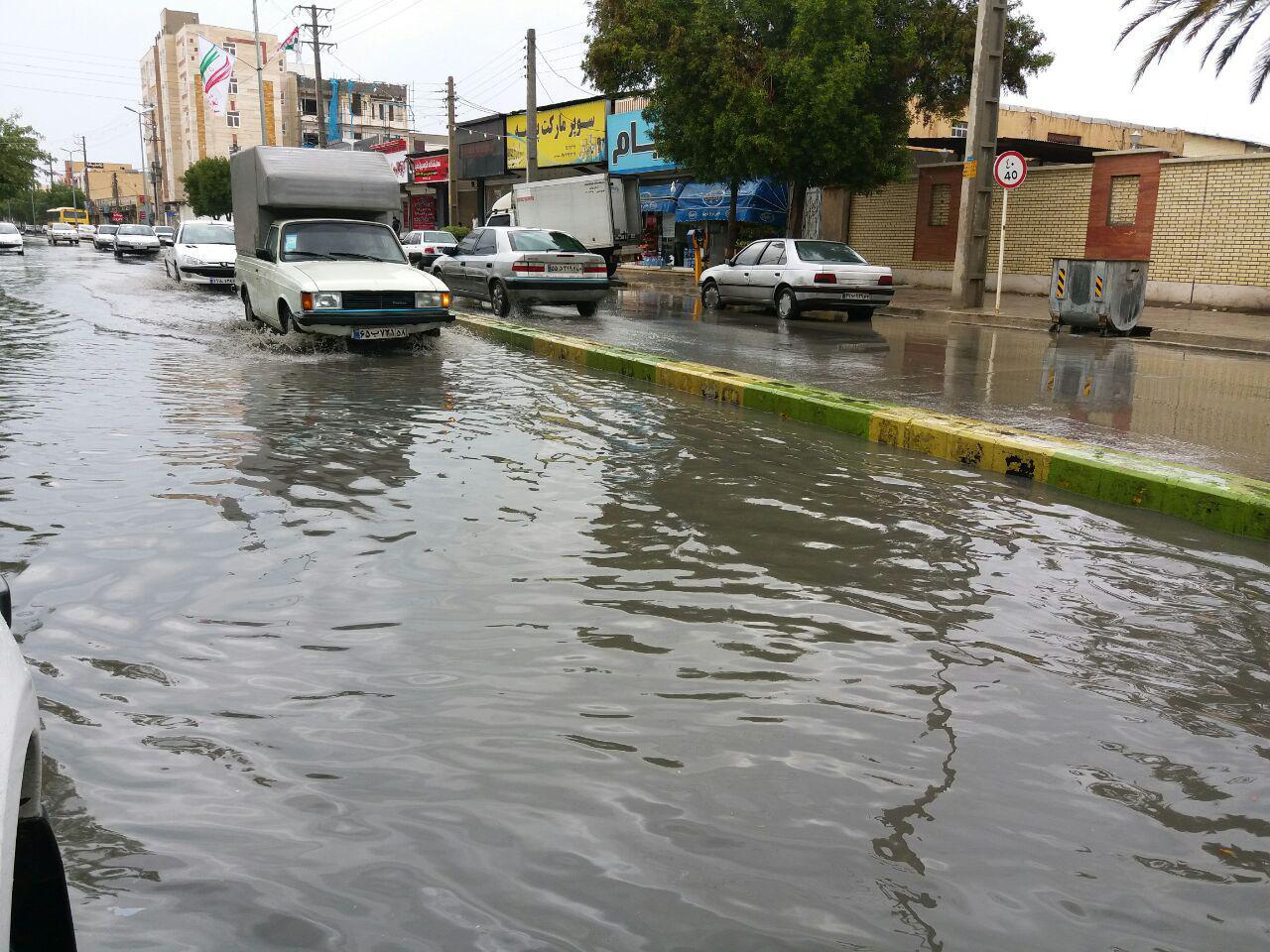 هواشناسی بوشهر درباره آبگرفتگی معابر عمومی و تلاطم خلیج فارس هشدار داد