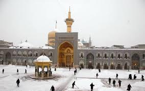تصاویری از برف زمستانی در حرم امام رضا