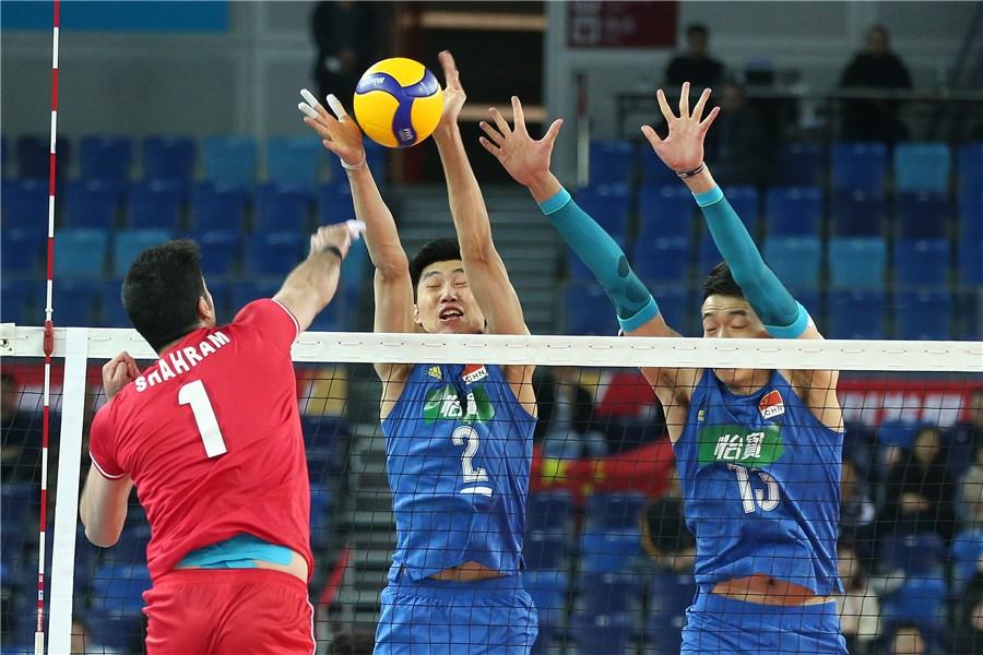 تیم ملی والیبال ایران ۳ - چین صفر /پرش بلند قامتان از دیوار چین به سمت توکیو /دومین رشته تیمی ایران المپیکی شد