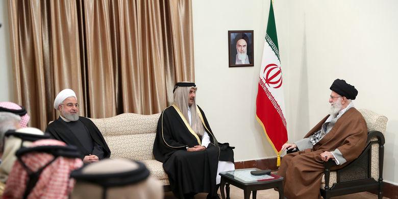 امیر قطر با رهبر معظم انقلاب اسلامی دیدار کرد