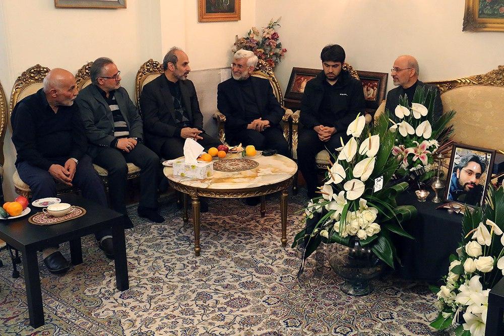 جلیلی: ملت اجازه نخواهد داد تا دشمن، زخم سقوط هواپیما را عفونی کند