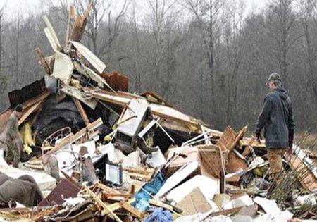 طوفان مرگبار و یخبندان در آمریکا/ ۱۱ کشته و ۳۰ میلیون نفر در معرض خطر + فیلم