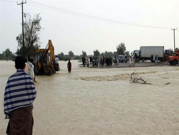 راه هاو شبکه آب شرب  روستایی نیکشهر همچنان  قطع است