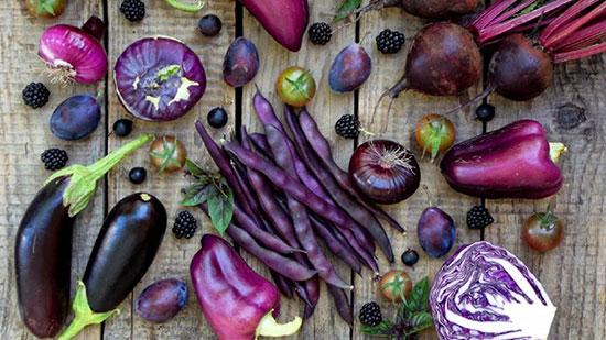 ۸ میوه و سبزی بنفش؛ ویتامینها و آنتیاکسیدانها