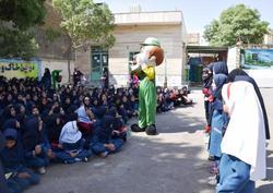 آموزش مفاهیم فرهنگ شهروندی در طرح بچههای مشهد