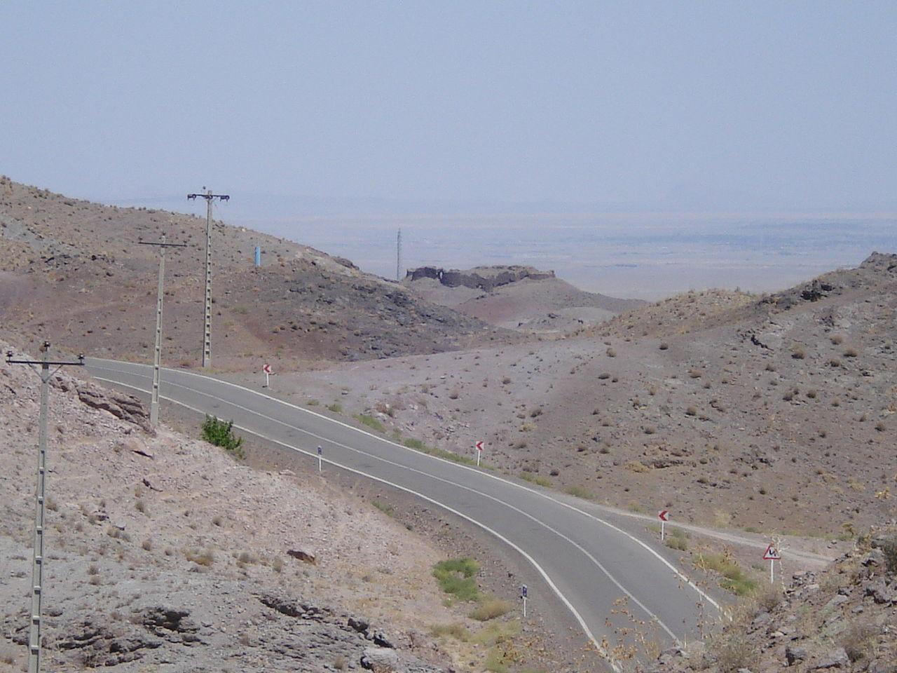 سفر به روستای پر رمز و راز شهرستان گناباد/ تصاویری زیبا از قلعه شهاب