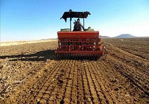 رشد ۱۲ درصدی کشت مکانیزه محصولات پاییزه در چهارمحال و بختیاری