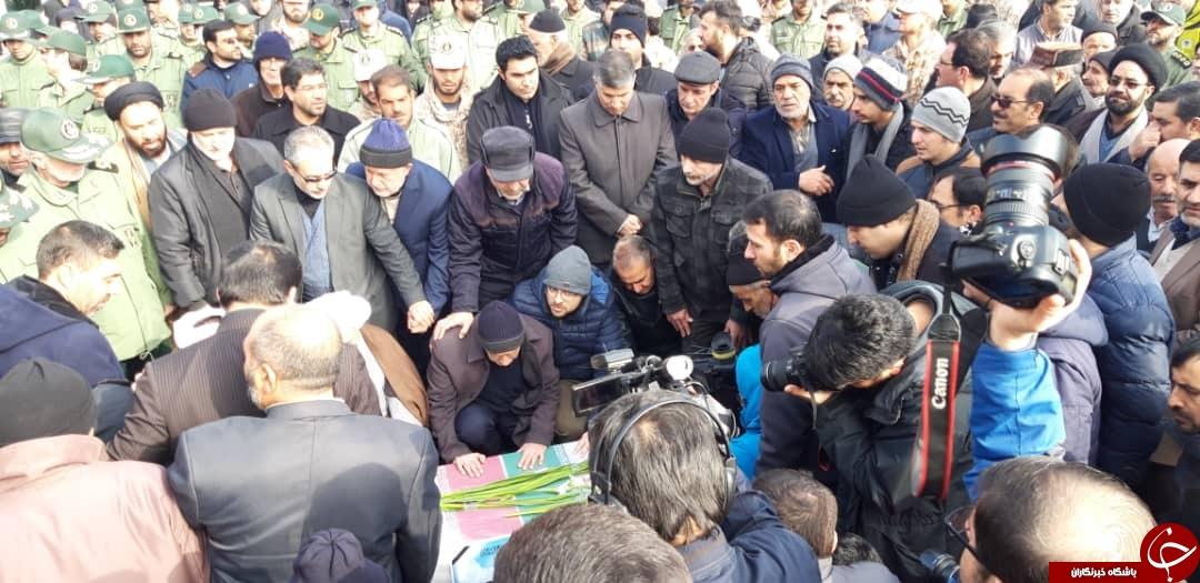 تشییع پیکر الناز نبیی از شهدای سانحه هواپیمای اوکراینی در زنجان