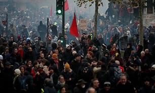 تظاهرات گسترده ضد دولتی در شهرهای فرانسه