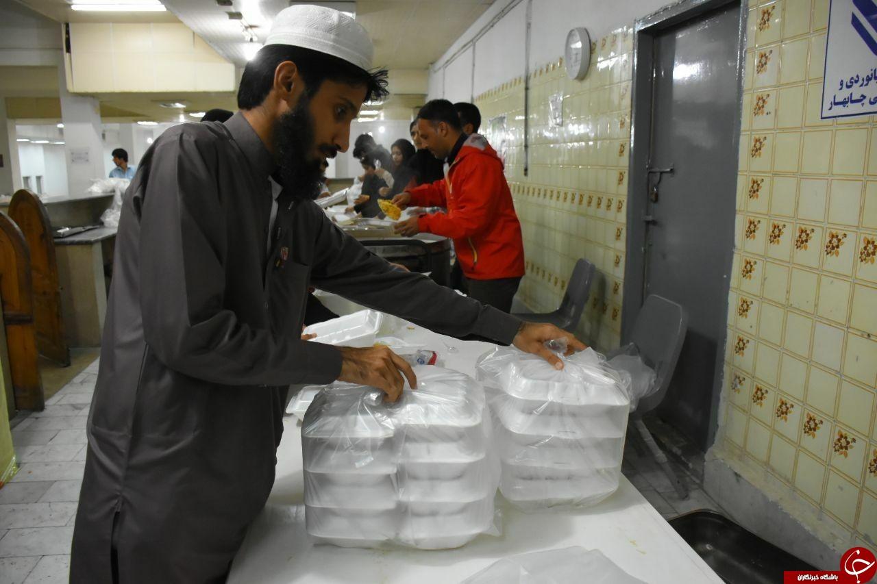 ششمین روز از روند امدادرسانی در مناطق سیلزده سیستان و بلوچستان/ اسکان اضطراری بیش از ۶ هزار نفر/ برق تمامی روستاها وصل شده است