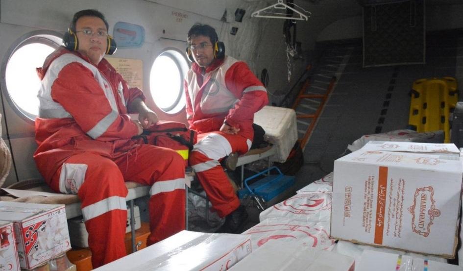 امداد هوایی در مناطق سیل زده سیستان و بلوچستان با قوت ادامه دارد