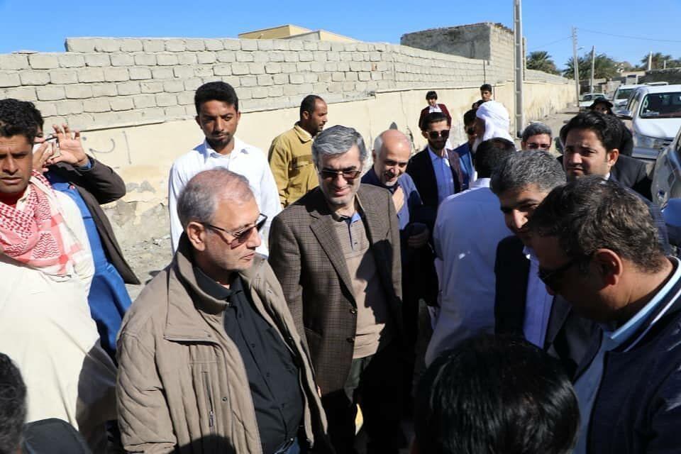 توزیع اقلام اهدایی کارکنان صندوق کارآفرینی امید در نیکشهر