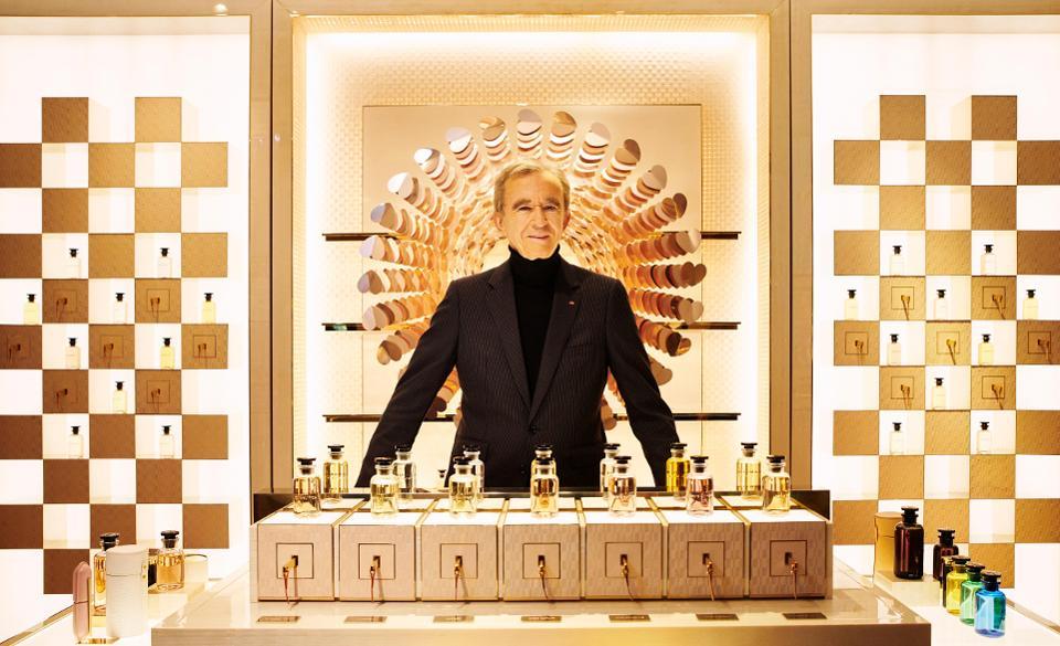 یک فرانسوی ثروتمندترین مرد جهان در سال ۲۰۲۰ شد