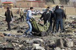 تحویل پیکر  ۱۵۰ جانباخته سقوط هواپیمای اوکراینی به خانوادهها