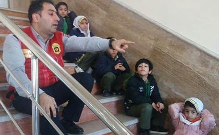 آموزش ایمنی به ۲۵ کودک مهد قرآنی در رشت