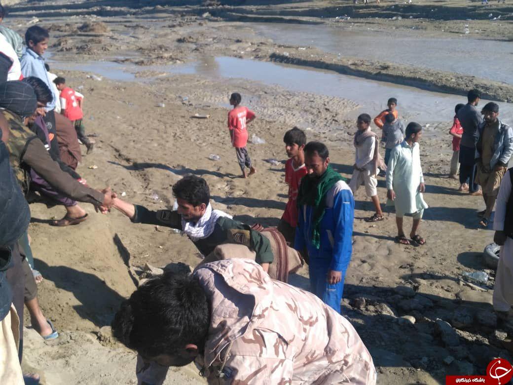 امدادرسانی نیروهای سپاه پاسداران انقلاب اسلامی به سیل زدگان استان سیستان و بلوچستان + تصاویر