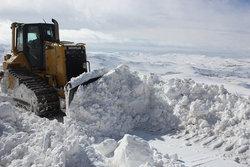 ۵۰ روستای استان زنجان همچنان در محاصره برف