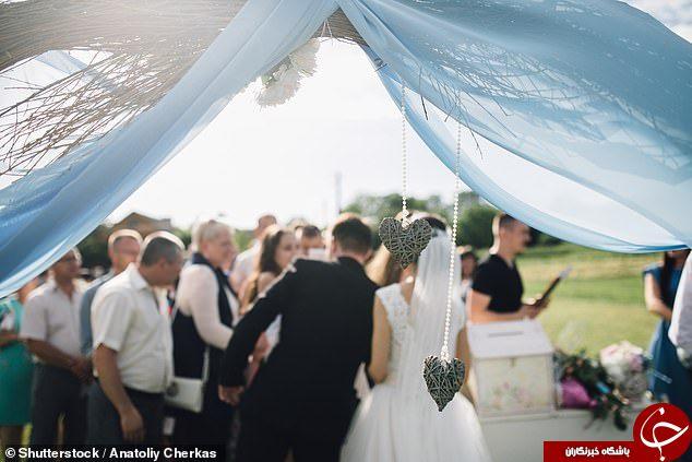 درخواست عجیب عروس از مهمانان مراسم عروسی!////