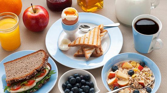 عوارض نخوردن صبحانه