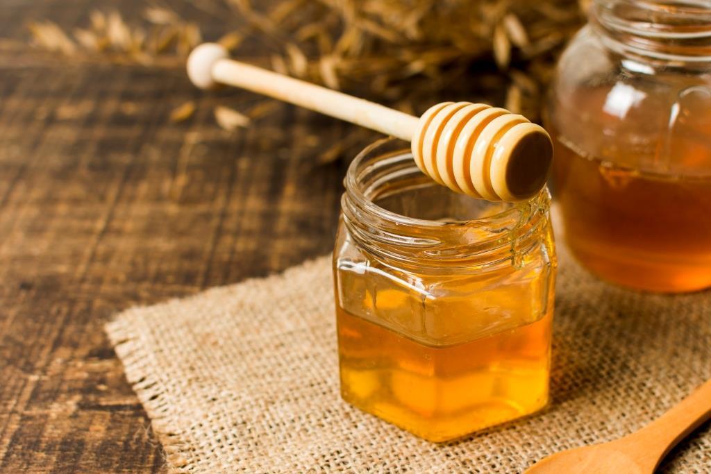 درمان بی خوابی با عسل