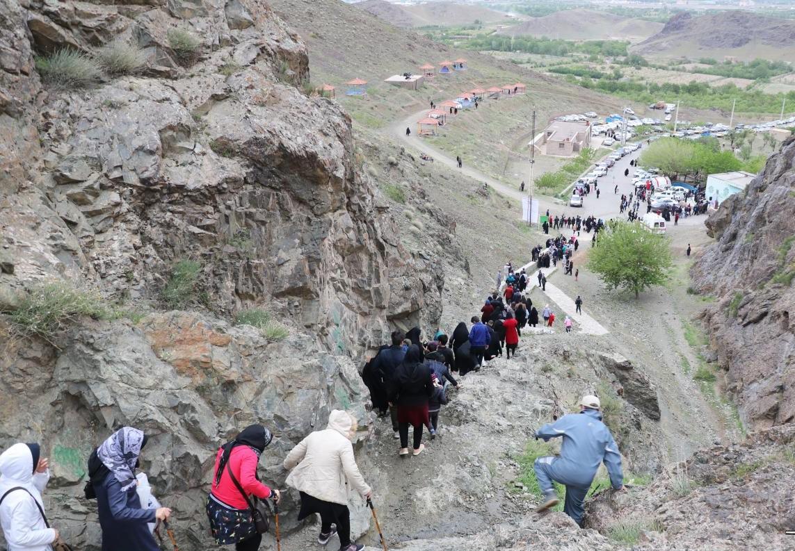 برگزاری مراسم کوه روی خانوادگی در ایلام