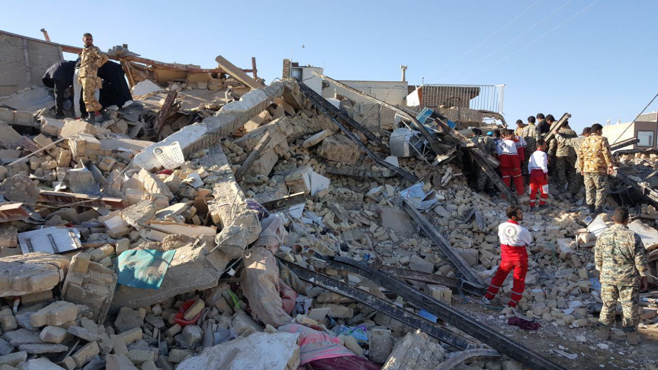 زلزله دیدگان