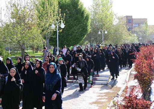 برگزاری همایش پیاده روی سفیران سلامت خانوار درشهرستان چرداول