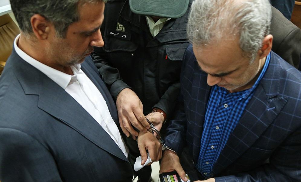 وضعیت ریاست پژوهشکده پولی و بانکی پس از دستگیری دیواندری چه خواهد شد؟