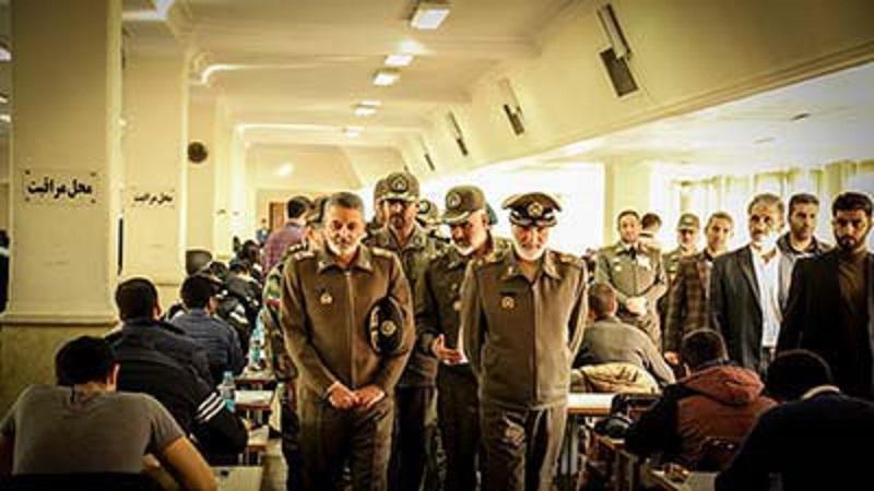 ازدید سرلشکر موسوی از یکی از حوزههای برگزاری آزمون ورودی دانشگاههای افسری ارتش