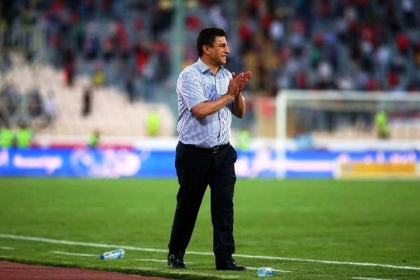 قلعه نویی: همه از تماشای بازی سپاهان لذت می برند / بازیکنان ایرانی در لیگ قهرمانان با انگیزه بازی می کنند