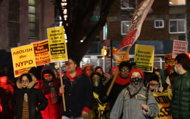 اعتراض مردم آمریکا به افزایش پلیس در مترو نیویورک