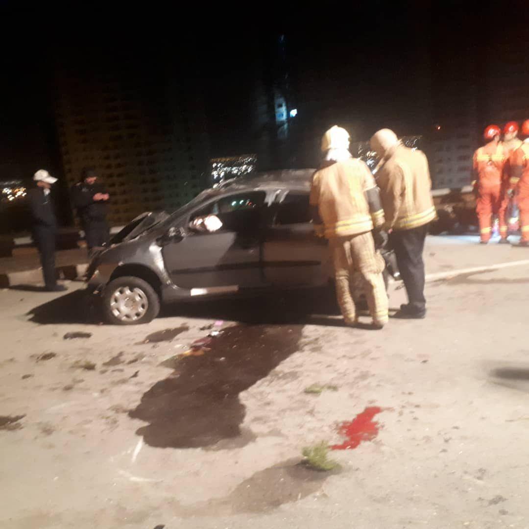 ۱ فوتی در تصادف خودروی ۲۰۶ در بزرگراه خرازی